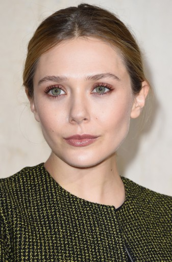 Olsens-Anonymous-Blog-Style-Fashion-Get-The-Look-Beauty-Close-Up-Of-Elizabeth-Olsen-Auburn-Eyeshadow-And-Mauve-Lips